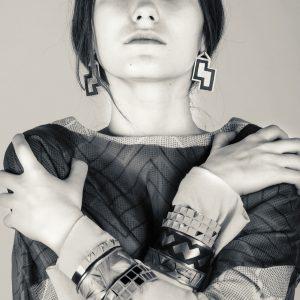 Emma, agence DMG Paris. Stylisme: Cathy Amouroux.